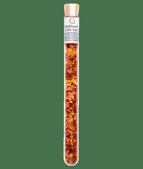 Knoblauch Chili Salz im Reagenzglas