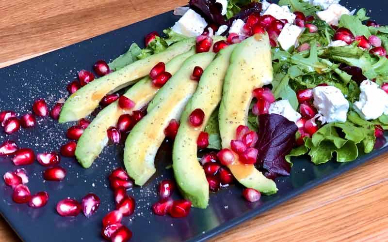 Avocado-Granatapfel Salat