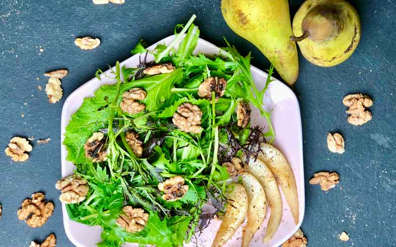 Eiswein-Salat Birnen Nüsse Salatrezept