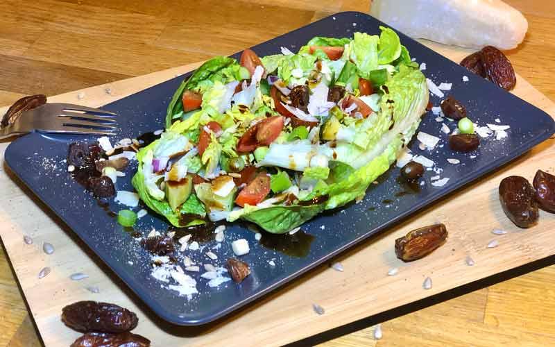 Saladbowl mit gerösteten Datteln - Salatrezept